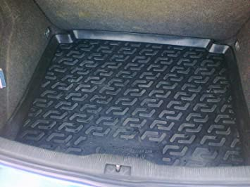 Veko Tailored Fit Heavy Duty Durable Black Boot Liner Tray Mat Protector VY26411