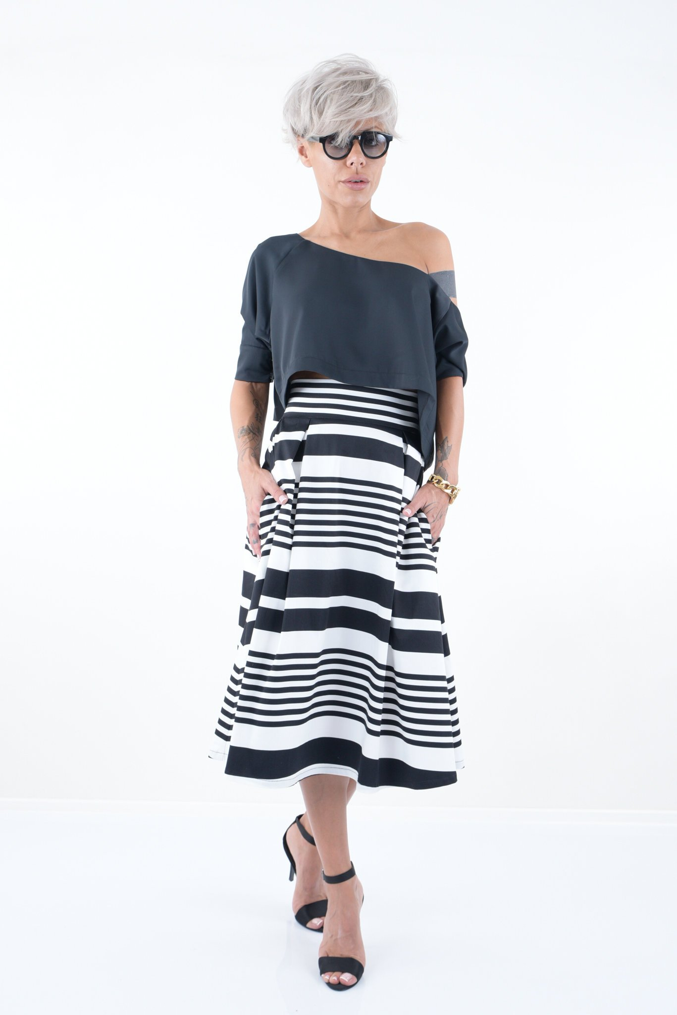 LOCKERROOM A-Line Maxi Plus Size Black and White High Waist Wedding Midi Full Skirt with Pockets