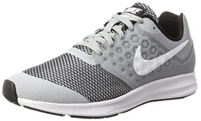 4a0a0169912 Nike Boy s Downshifter 7 (GS) Running Shoe (3.5