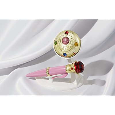 "Bandai Tamashii Nations Proplica Transformation Brooch & Disguise Pen Set ""Sailor Moon"" Statue: Toys & Games"