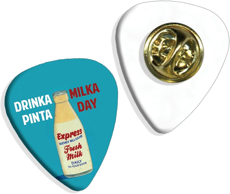 Amazon Com Pinta Milka Day Martin Wiscombe Guitar Pick Badge