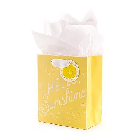 Amazon.com: Hallmark - Bolsa de regalo para bebé con papel ...