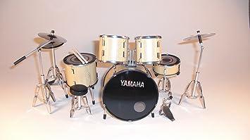 RGM340 Yamaha diseño de guitarra eléctrica de miniaturas una batería en miniatura Natural