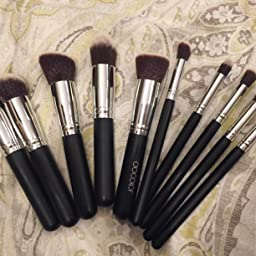 Amazon Com Docolor Makeup Brushes 10piece Makeup Brush Set Premium Synthetic Kabuki Foundation Blending Brush Face Powder Blush Concealers Eye Shadows Make Up Brushes Kit Beauty