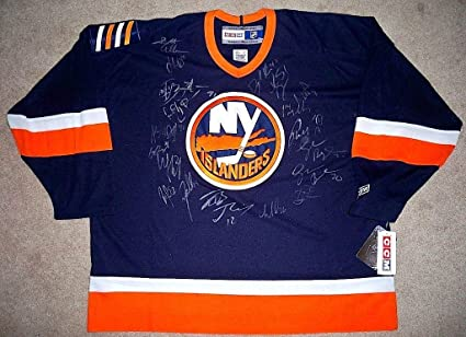 2009 2010 NEW YORK ISLANDERS Team Signed JERSEY w COA - Autographed NHL  Jerseys at Amazon s Sports Collectibles Store 6d921b192