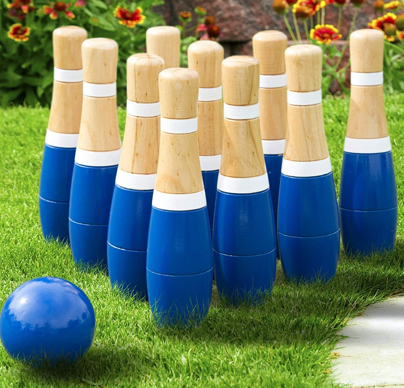 Hey! Play! Trademark Global - Toys Lawn Bowling Game/Skittle Ball- Indoor and Outdoor Fun for Toddlers, Kids, Adults -10 Wooden Pins, 2 Balls, and Mesh Bag Set (8 Inch)