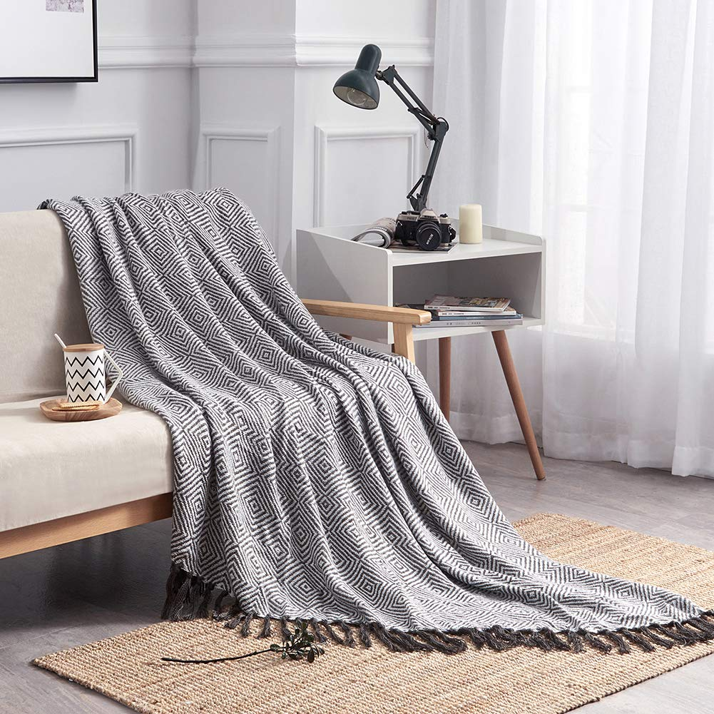 HollyHOME 60x70 Inches Oversized Luxury Soft Nap Cozy Throw Blanket with Tassels for All Season Orange