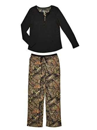 b398c65e4827e Nyteez Women's Mossy Oak Camouflage and Black Pajama Set at Amazon ...