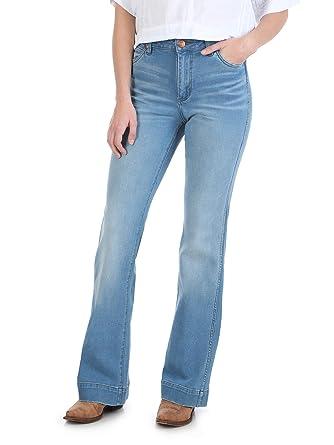 ca6fbe2d5b2 Wrangler Women s Retro Premium High Waist Trouser at Amazon Women s ...