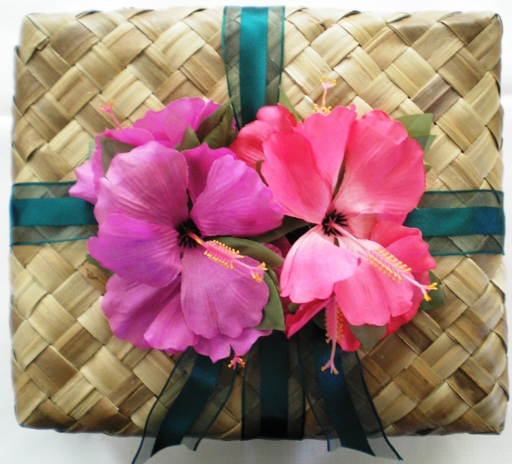 Hawaii Kauai Kookies Medium Gift Basket Almond Flavored Cookies