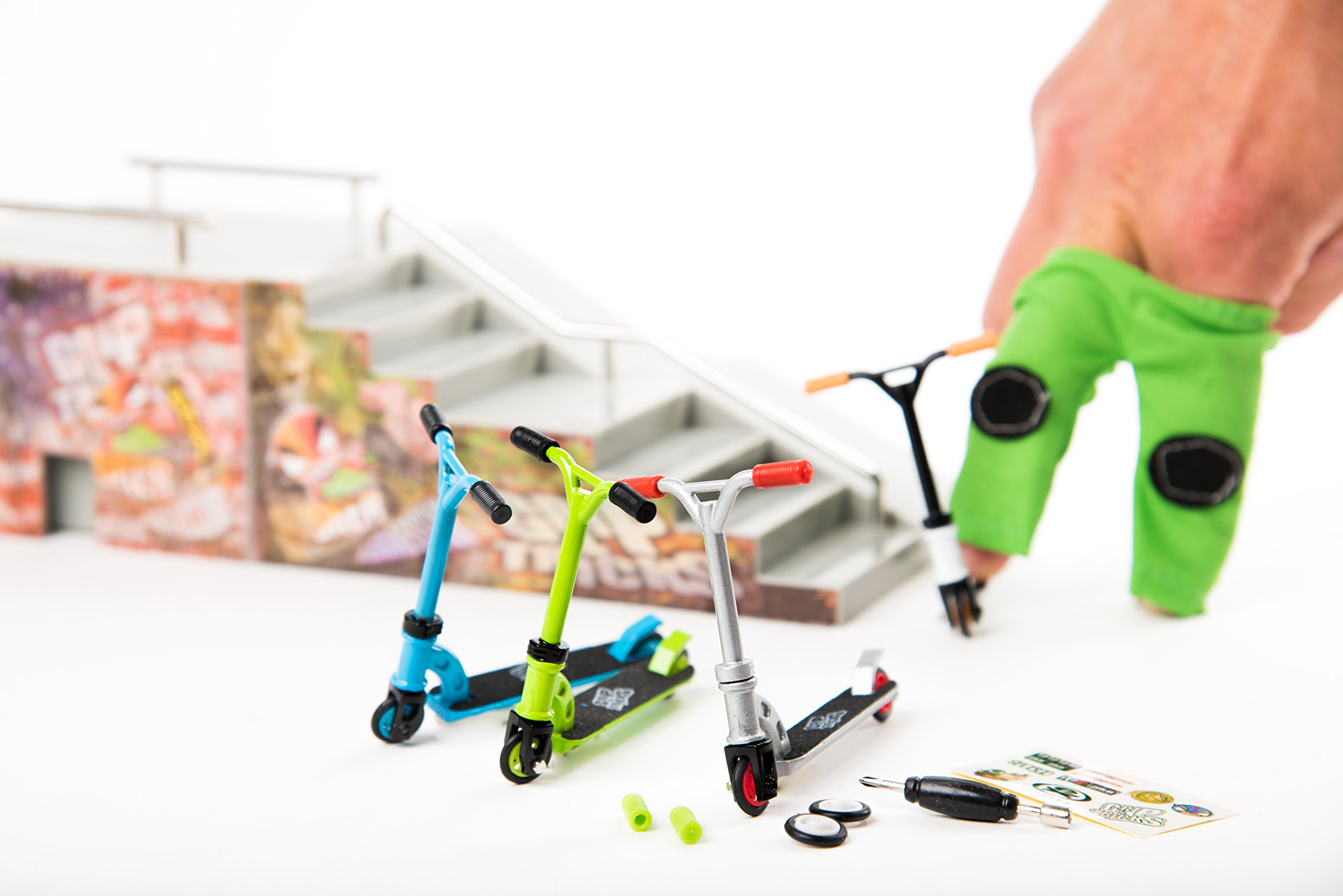 LOT of 4 Scooters - Grip and Tricks - Great Deal 4 Pack of Finger Scooters - Skate - Pack1 by Grip&Tricks (Image #7)