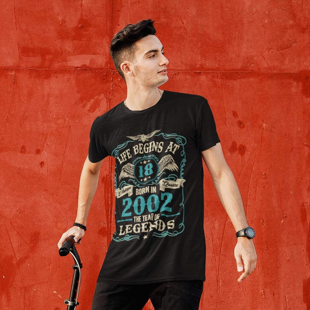 Mens 18th Birthday Gift - Life Begins at 18 Mens T-Shirt - Born in 2002: Amazon.es: Ropa y accesorios