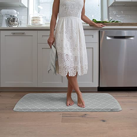 Amazon Com Gelpro Elite Premier Anti Fatigue Kitchen Comfort Floor Mat 20x36 Lattice Mineral Grey Stain Resistant Surface With Therapeutic Gel And Energy Return Foam For Health Wellness Kitchen Dining
