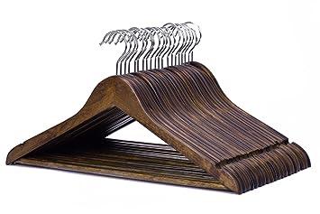 Amazon.com: J.S. colgador perchas de madera maciza: Home ...