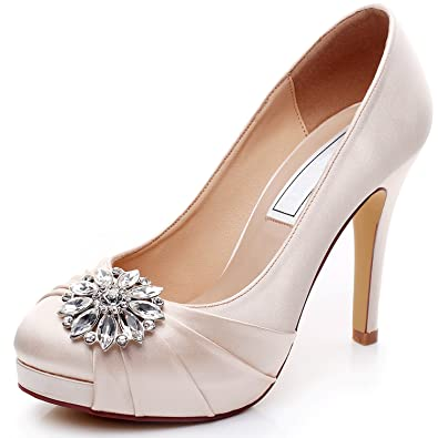 e2e5b56dec YOOZIRI Satin Wedding Shoes Combining Lace and Rhinestone Brooch ...