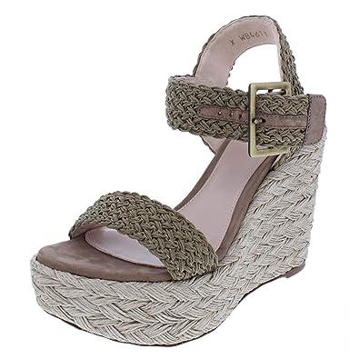 805e3c92c8e Amazon.com  Stuart Weitzman Women s Alexis  Shoes