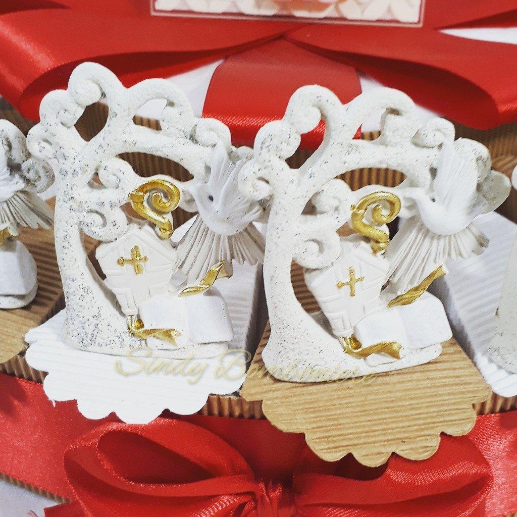 Kuchen für Konfirmation mit Lebensbaum City eine Mitra, Zepter und und und Evangelium Torta Da 20 Fette 711cd1