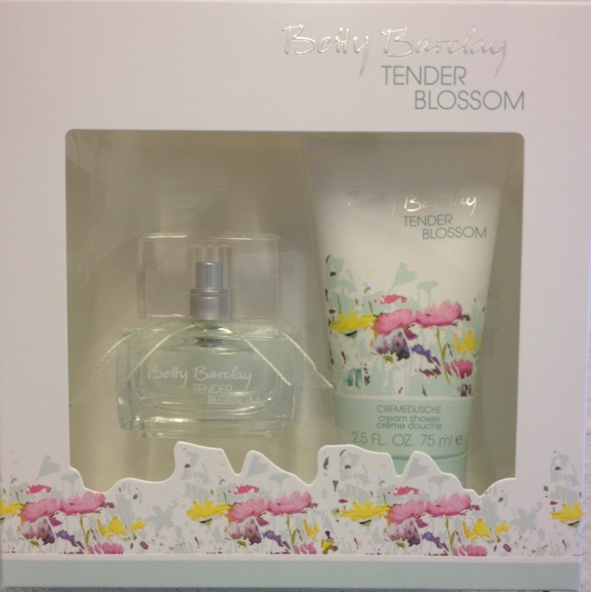 Betty Barclay TENDER BLOSSOM Geschenkset, Inhalt: Eau de Toilette Natural Spray 20 ml + Cremedusche 75 ml