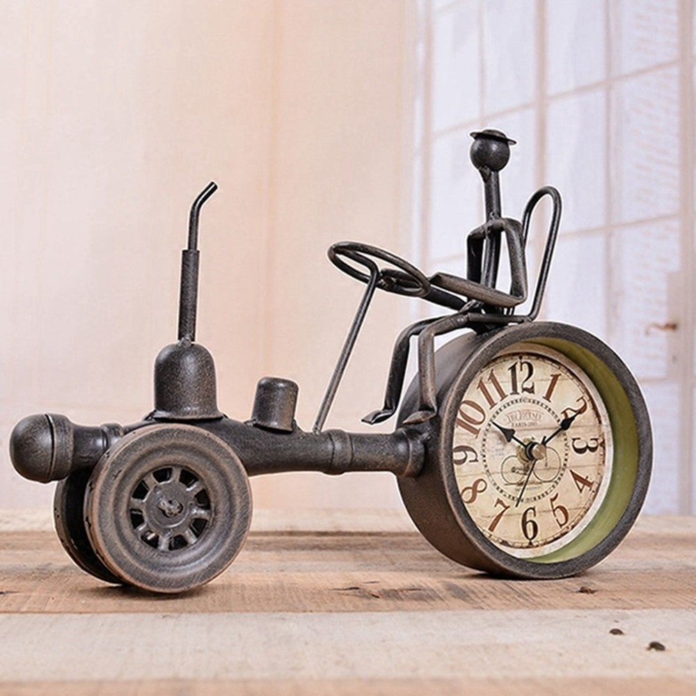 BWLZSP European retro creative table American country personality nostalgic iron tractor mute desk clock desktop small clock AP5081640