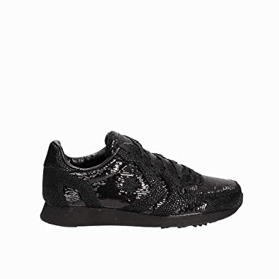 b90537a07f5e35 Converse Women s Lifestyle Auckland Racer Ox Low-Top Sneakers
