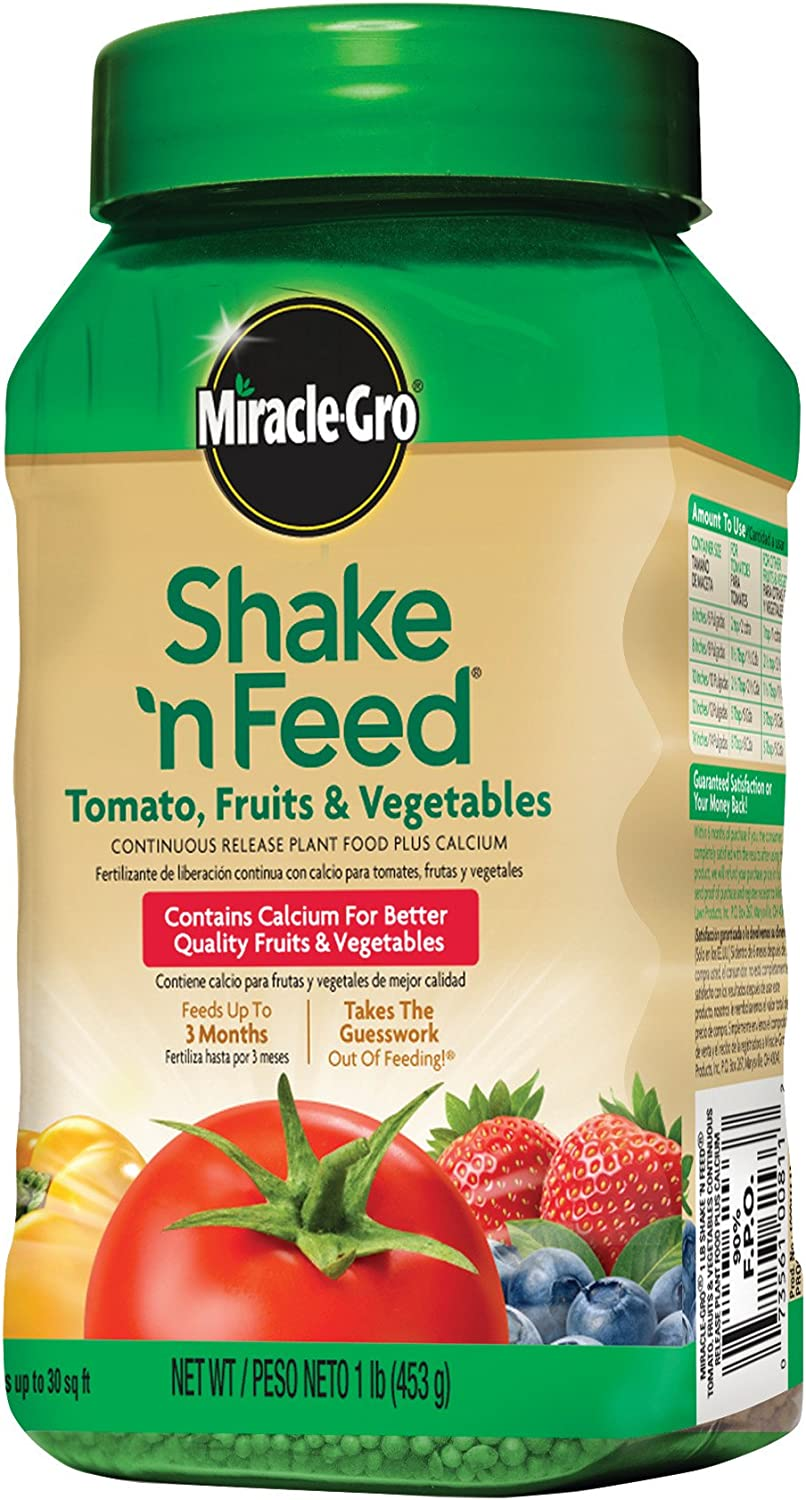 Miracle-Gro Shake 'n Feed Continuous Release Plant Food with Calcium for Tomatoes, Fruits, and Vegetables, 1-Pound (Slow Release Plant Fertilizer)