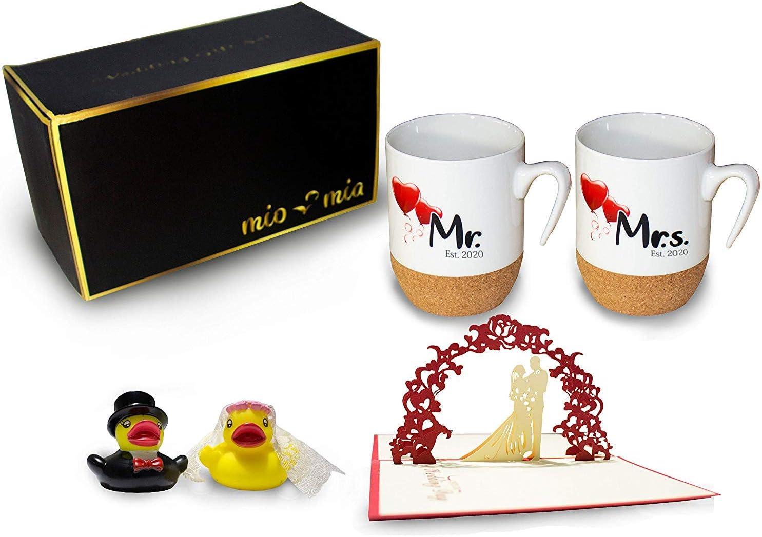 MIAMIO - Regalo para Pareja Nupcial Mr & Mrs/Set de Regalo de Boda/Tazas de Café Set con Corcho (Boda 2020)