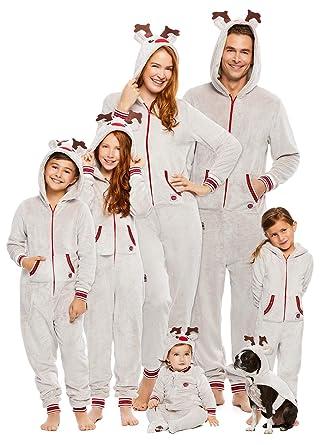 0be9922fb217 Amazon.com  Family Santa s Sleigh Squad Matching Pajamas