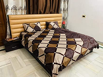 Magnetic Shadow Woolen Velvet Bedsheet with 2 Pillow Covers (Black, 230 x 250 cms)