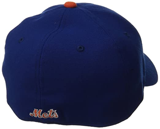 pretty nice b9c08 89505 Amazon.com   MLB New York Mets Team Classic Game 39Thirty Stretch Fit Cap,  Blue, Medium Large   Sports   Outdoors