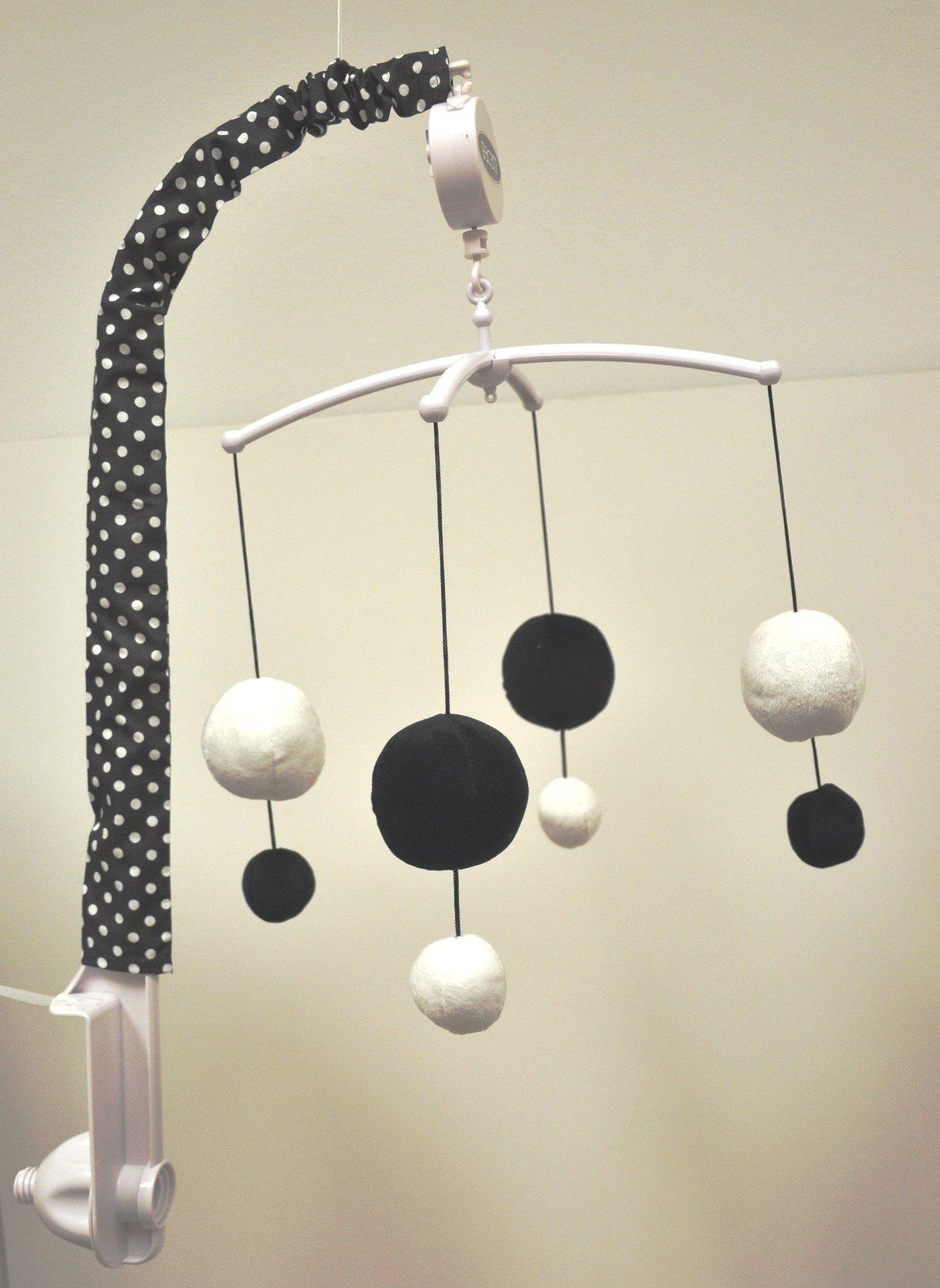 Bacati - Dots/pin Stripes Black/white Musical Mobile