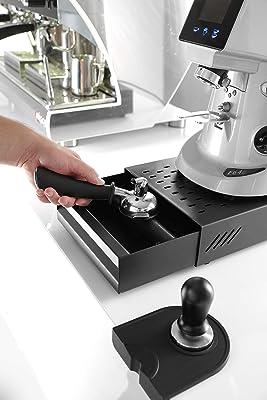 Edelstahl Sudschublade für Kaffeesatz bei der Espresso Zubereitung