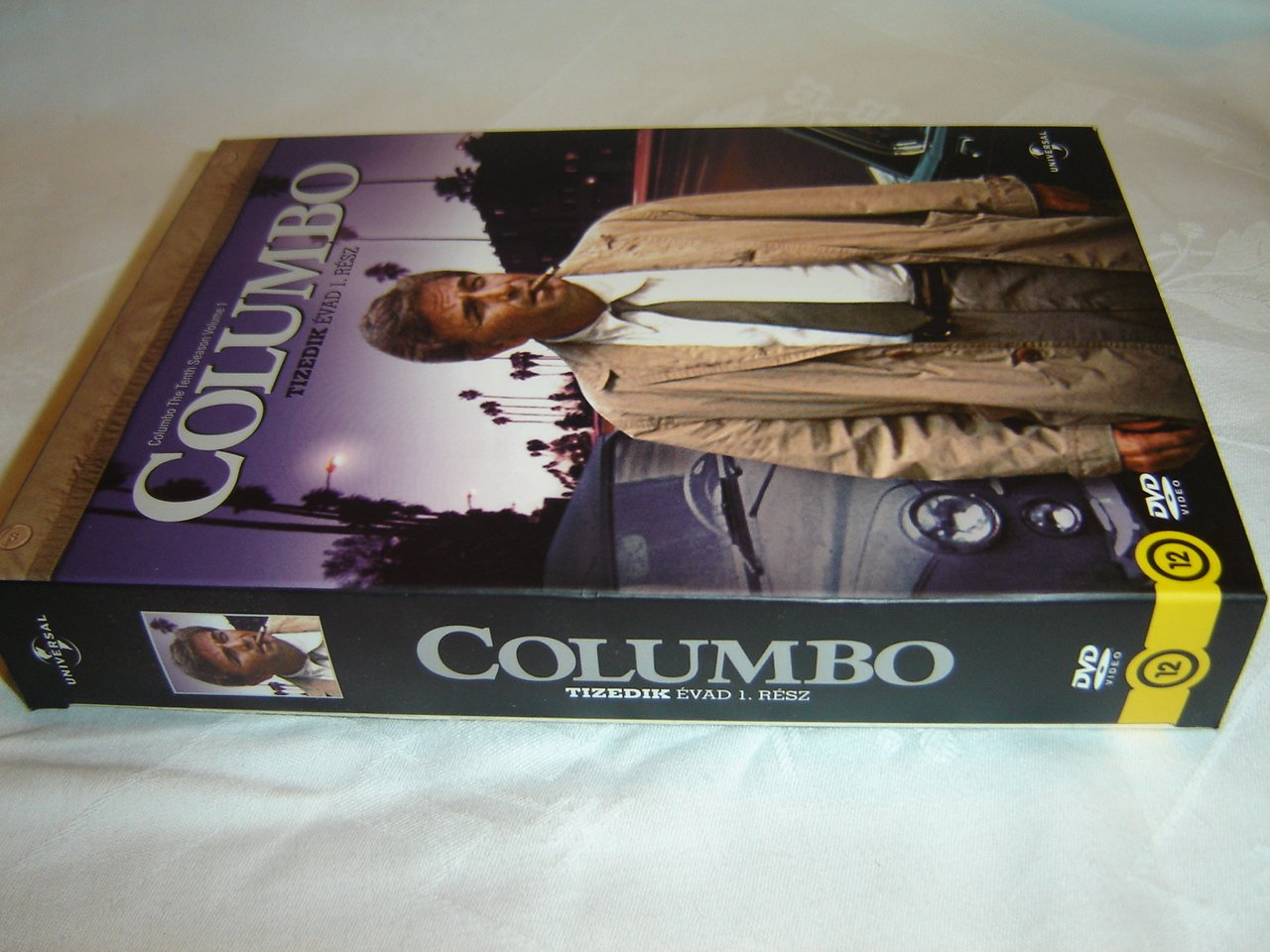Amazon.com  Columbo The Tenth Season Volume 1 (4 DVD Set) Columbo - Tizedik  évad 1. rész   Audio  English ea318f9d62