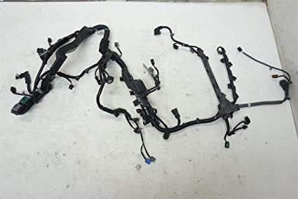 71kgQ%2BkKa2L._SX425_ amazon com honda cr v engine wire wiring harness wires motor 2014 Honda CR-V at mifinder.co