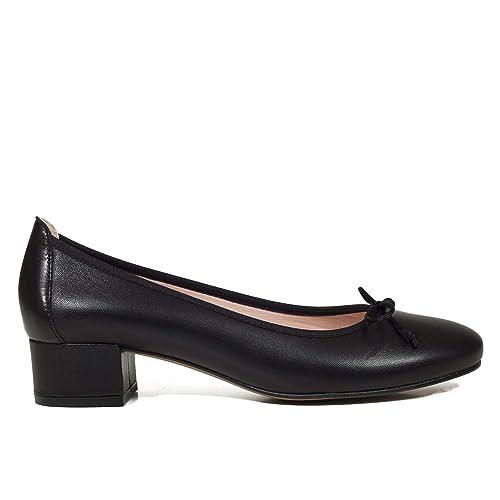 ecf00cab46c Zapatos miMaO. Zapatos Piel Mujer Hechos EN ESPAÑA. Bailarinas Mujer.  Manoletinas Tacón. Zapatos Mujer Cómodos con Plantilla Confort Gel   Amazon.es  Zapatos ...