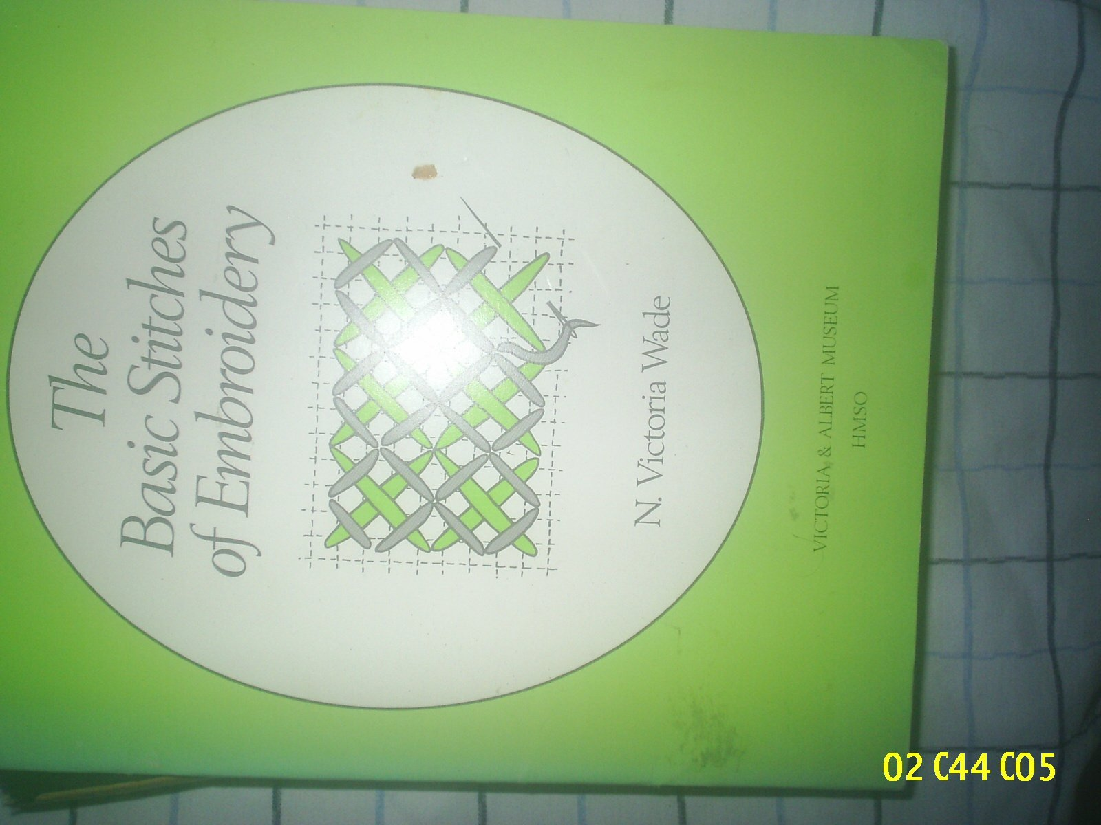 The Basic Stitches Of Embroidery N Victoria Wade Amazon Books