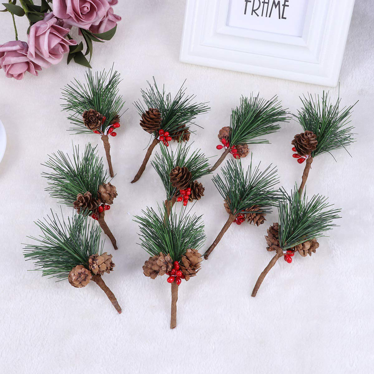HEALIFTY 12pcs Small Artificial Pine Picks for Christmas Flower Arrangements Wreaths and Holiday Decorations