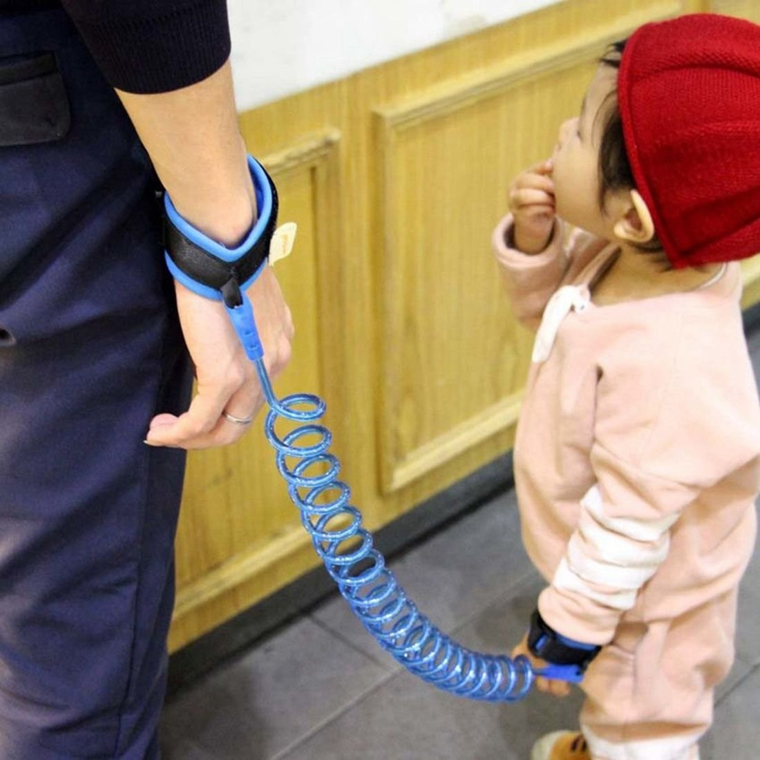SODIAL Blue Anti-lost Traction Rope Childrens Anti-lost Belt Baby Anti-loss Seat Belt Out of The Bracelet Anti-lost Traction Rope 250 cm Length