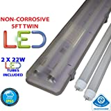 5FT TWIN LED 2 X 22W - NON CORROSIVE WEATHERPROOF FLUORESCENT LIGHT FITTING - IP65 - ENERGY EFFICIENT OUTDOOR STRIP LIGHT - IDEAL FOR GARAGES, WORKSHOP, SHEDS, GREENHOUSES OR COMMERCIAL APPLICATIONS - STURDY CONSTRUCTION - POLYCARBONATE DIFFUSER - BRANDED - 3 YEAR LAMP GUARANTEE - INCLUDES LED TUBE 22 WATT