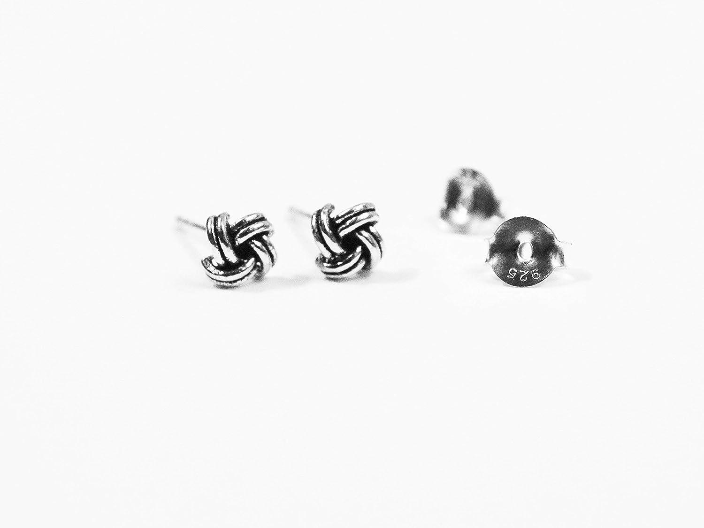 925 Sterling Silver 5mm knot stud earrings