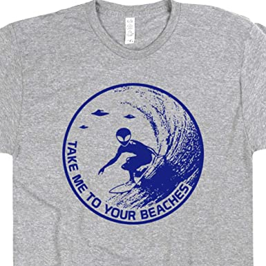 7af1496fc91 S - Alien Surfing T Shirt Cool Surfing Graphic Tee Vintage Surf Hawai Maui  for Men