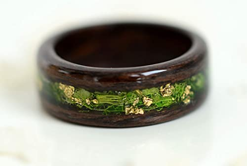 Terrarium Resin Ring with Natural Forest Moss and Brown Bark of Tree Men Wedding Resin Ring.Nature forest ring for men.REAL Moss Resin Ring