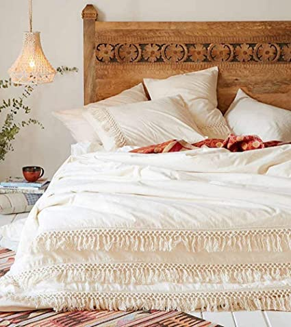 0d1a2a27159c Amazon.com: White Duvet Cover Fringed Cotton Tassel Boho Quilt Cover  (96inL104inW): Home & Kitchen