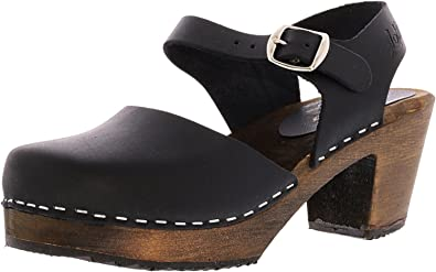 2a523b87012 Lotta From Stockholm Highwood Clogs in Tan