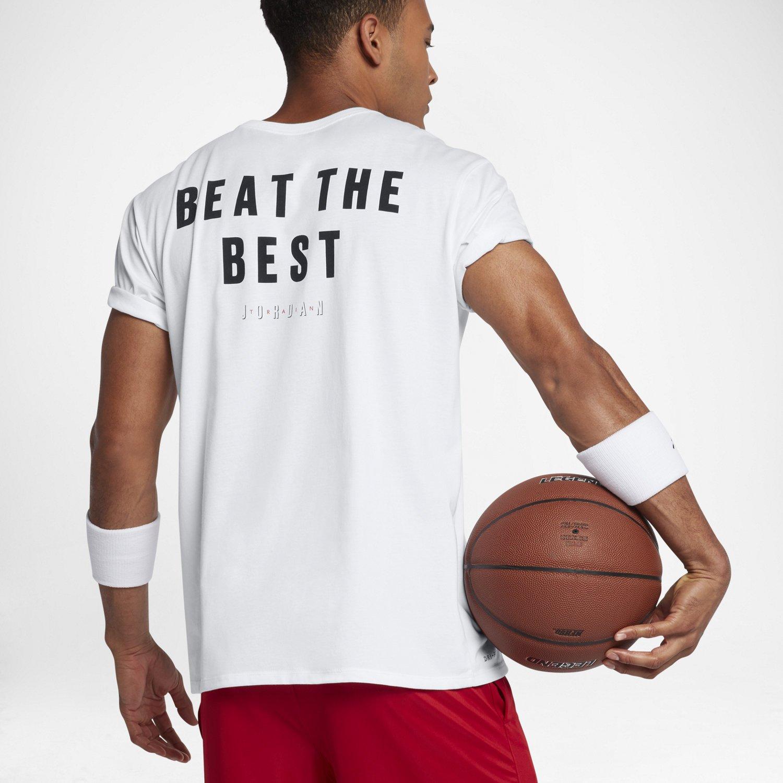 d25ad81e5a4299 Nike t-Shirt à Manches Courtes Air Jordan Be The Best Beat The Beast 886120- 100  Amazon.fr  Vêtements et accessoires