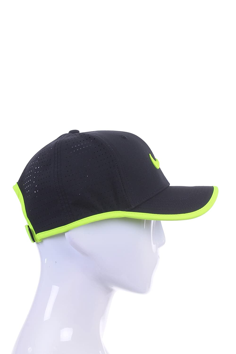 331a384f Amazon.com: NIKE AeroBill Featherlight Cap: Nike: Sports & Outdoors