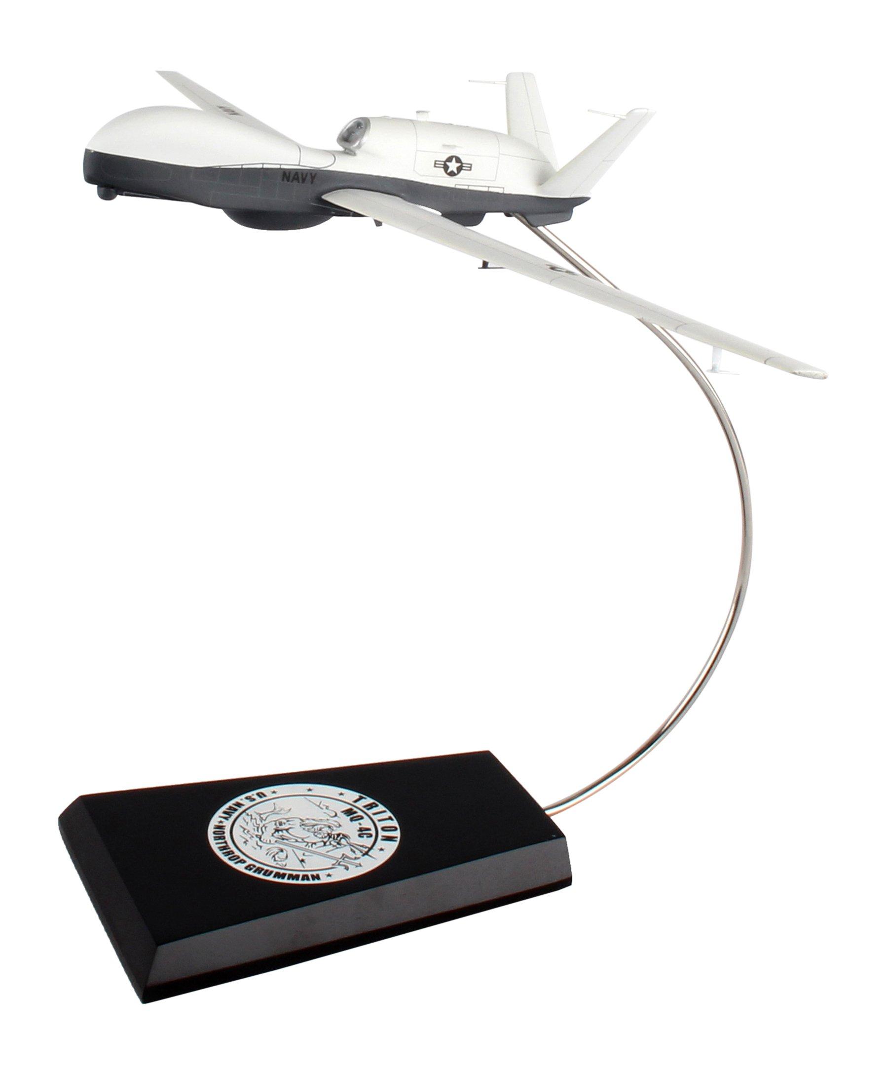 Executive Series Models MQ-4C Triton Building Kit (1/78 Scale)