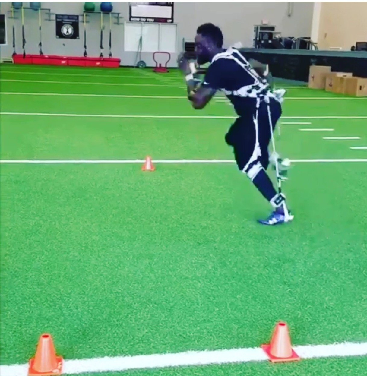 MASS Suit Speed Series by Juke Performance - Professional grade athletic speed training system - Full body resistance exercise equipment - Athletic sports system for football, basketball & Soccer. by MASS SUIT (Image #3)