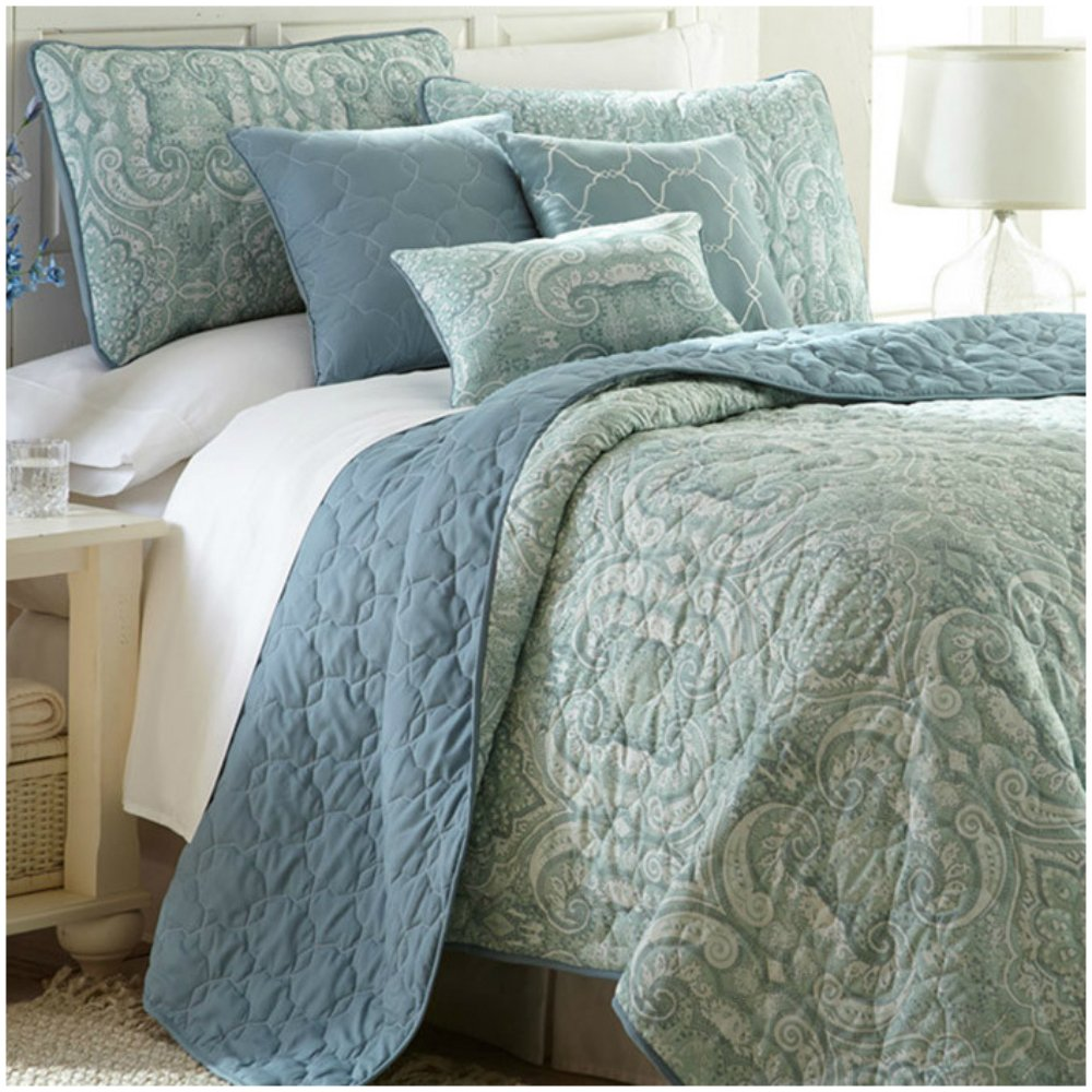 Damask Pattern Quilt Set in Mint Green / Carolina Blue - 6 Pieces