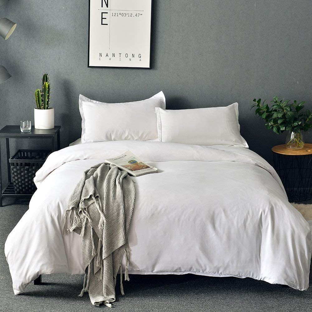 "SORMAG White Duvet Cover Queen ,Microfiber 3 Piece Bedding Set ,Solid Color- Ultra Soft with Zipper Close & Corner Ties(90""x90"")"