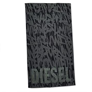 DIESEL by mirabello carrara spa Toalla Playa o Piscina Diesel Gym 100% Esponja Disponible de Puro Algodón cm 95 x 180 Sub Urban Graffiti - Verde: Amazon.es: ...
